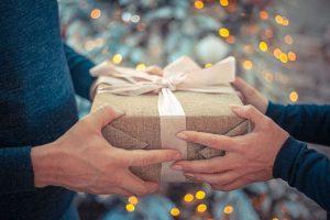 Top 10 New Year Gift Ideas For Boyfriend 2019
